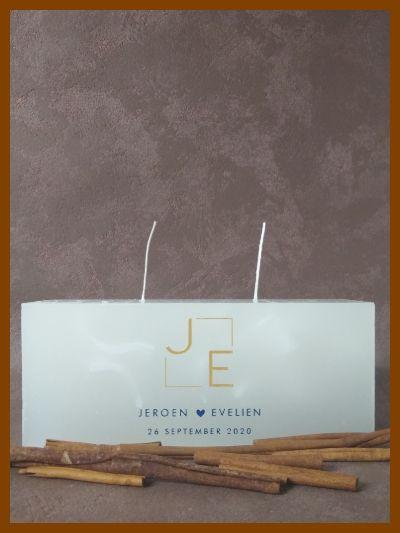 platte trouwkaars huwelijkskaars met blauwe letters en afbeeldingen online te bestellen
