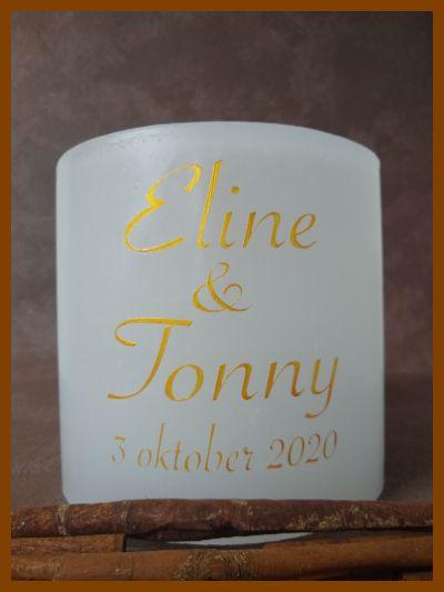 witte holle ronde trouwkaars met gouden tekst
